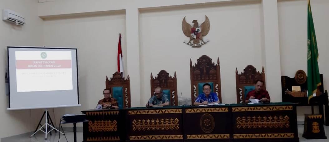 Rapat Evaluasi Bulan Juli Tahun 2019
